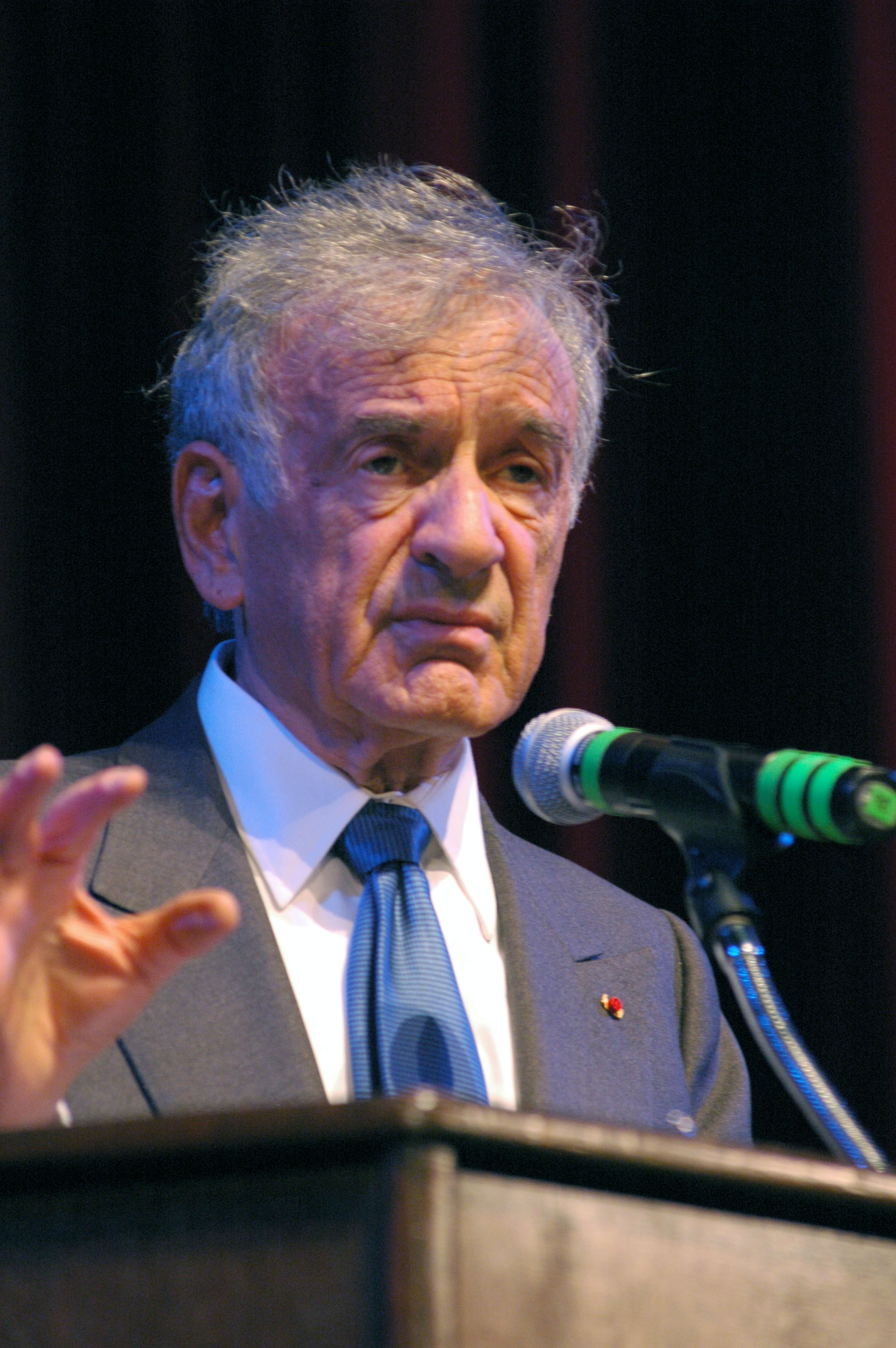 elie wiesel essay contest The elie wiesel prize in here are the rules for the elie wiesel essay prize in students entering the contest are required to have a faculty sponsor review and.