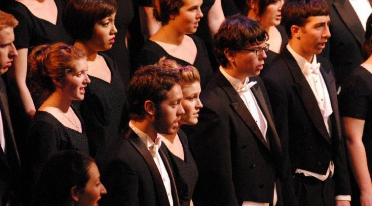 University Singers tour the Northwest, California during interterm.