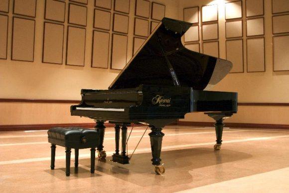 Kawai Shigeru piano