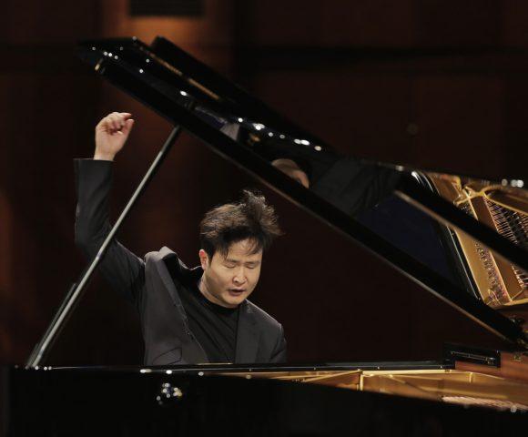 2017 Van Cliburn Gold Winner Yekwon Sunwoo Gives Piano