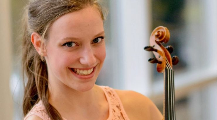 Violinist Sandra Bouissou