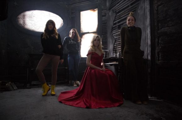4 cast members