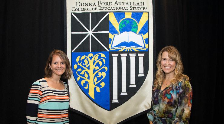 Courtney Kinney (right), 2017 Joan Turner Cox Fellowship Recipient