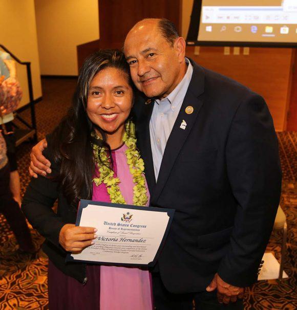 Padres Graduate Victoria Hernandez and US Congressman Lou Correa