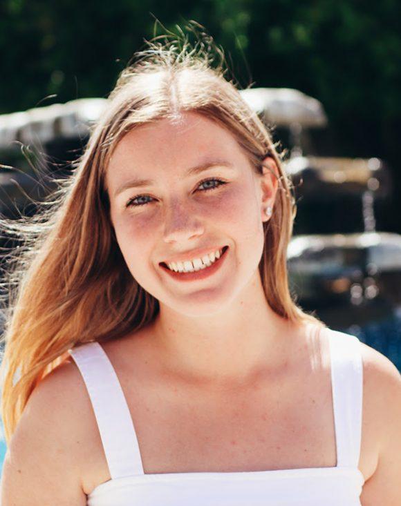Zoe Bonfield '19