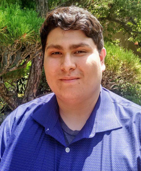 alejandro espinoza headshot