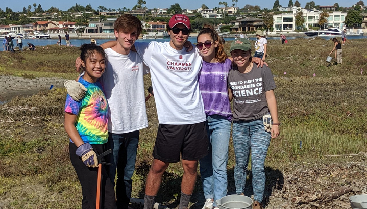 Chapman students working with Project Grow