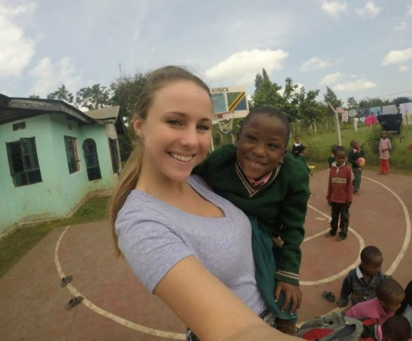 1L Hope Forman's Amazing Humanitarian Experience in Tanzania