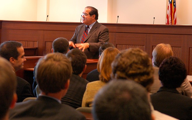 Supreme Court Justice Antonin Scalia speaking to law students