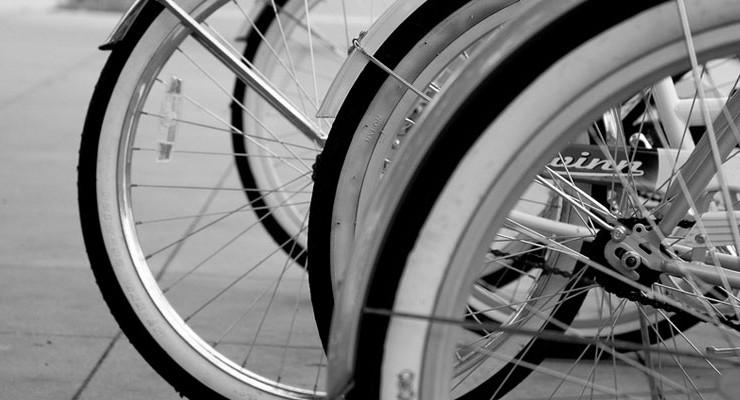 bike wheels and tires