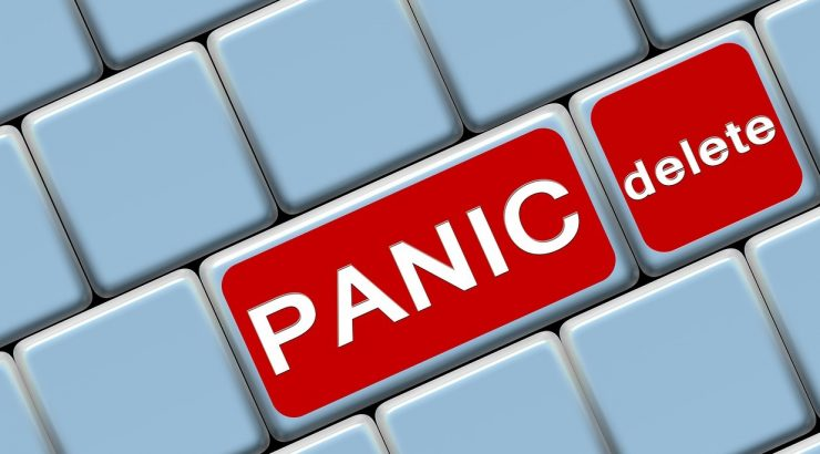 delete and panic buttons on a computer keyboard