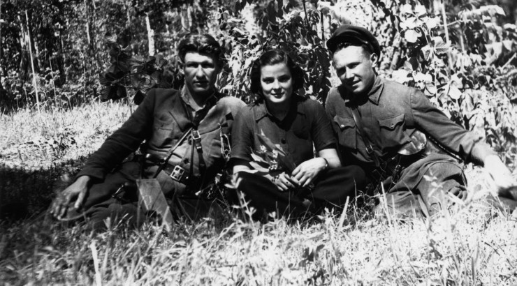 Faye Schulman and two male resistance fighters