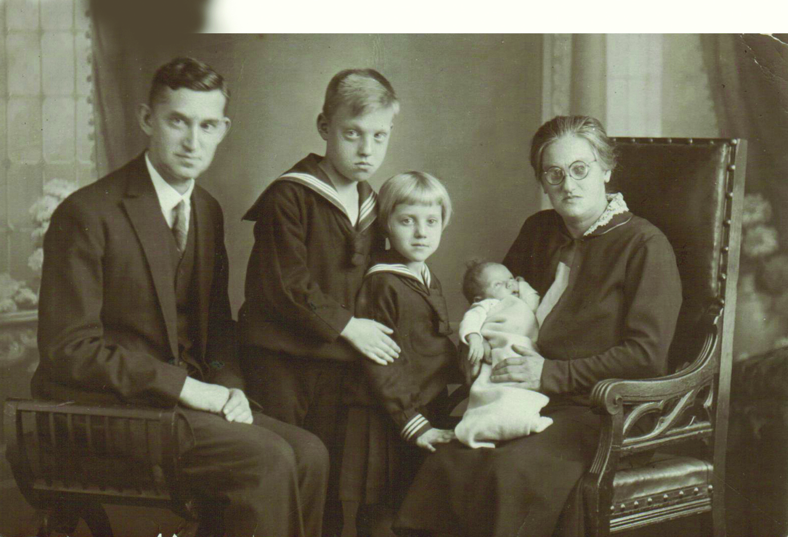 Engelina Billauer Family Photo