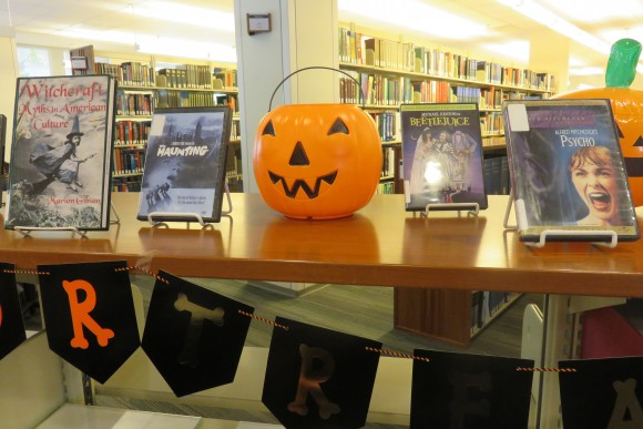 halloween-display-2