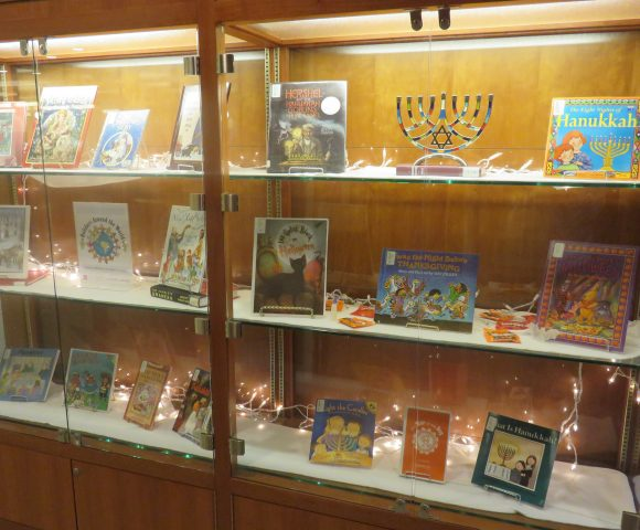 Leatherby Libraries Celebrates World Holidays