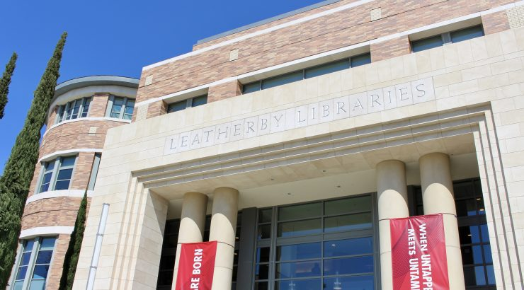 Exterior photo of the Leatherby Libraries.