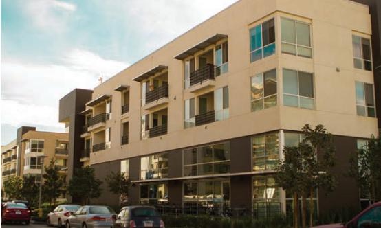 Photo of Chapman Grand apartment complex in Anaheim, CA